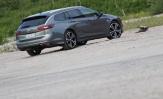 Koeajo Opel Insignia – Sportahtava perhefarkku