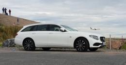 Koeajo Mercedes-Benz E300de – Oikeasti ympäristöystävällinen ja ripeä