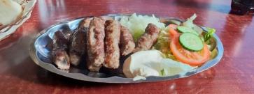 Balkan Grilli – Balkanburgerit Kivistössä