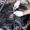 Moottorin puhdistushuolto palauttaa auton iskuun