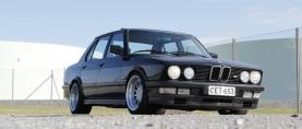 Nuoruuden lähteillä – BMW M535i ´87