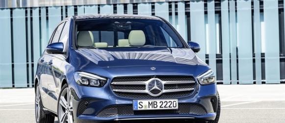 Uusi Mercedes-Benz B-sarjan Sports Tourer talvella Suomeen