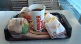 Vihdoinkinkin burgeria rauhassa teineiltä!