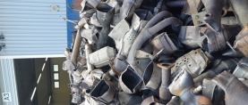 Romuauton katalysaattori on arvokasta kierrätettävää