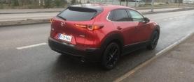 Koeajo Mazda CX-30 – Mazda 3:n korotettu velipoika