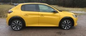 Koeajo Peugeot 208 – Odotusten arvoinen pikkusportti
