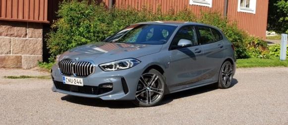 Koeajo BMW 118i – Edestä raapiva