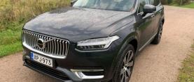 Koeajo Volvo XC90 – Katumaasturijärkäle kevythybridinä