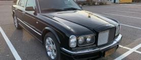 Ostaisiko Rolls-Roycen vai Bentleyn…