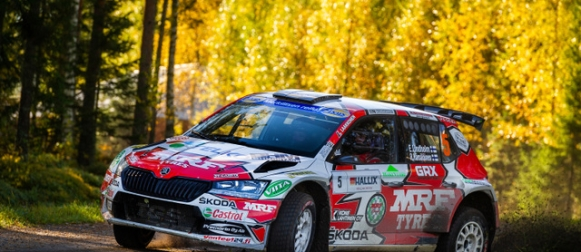 Emil Lindholm on rallin SM1-luokan uusi Suomen mestari
