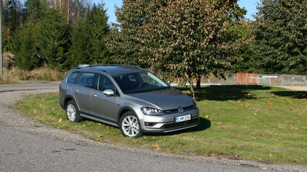 Volkswagen Golf Alltrack >> Koeajo Volkswagen Golf Alltrack Suosikkifarkku Maavaralla