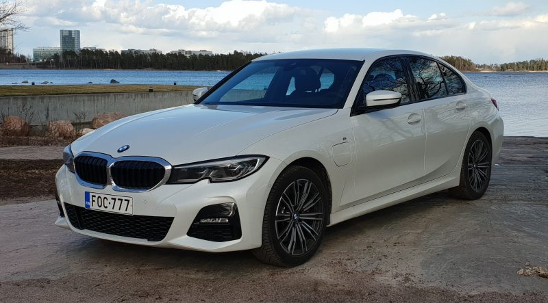 Koeajovideo BMW 330e – Malliston paras valinta?