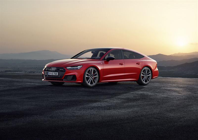 Audin Q5, A6 ja A7 -mallien ladattavat hybridit saivat päivityksen